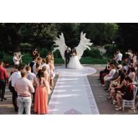 Крылья Ангела - фон для свадебных церемоний