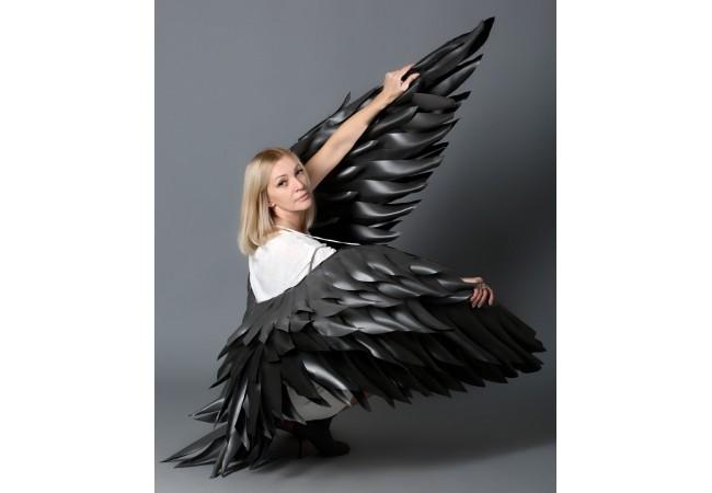 """Крылья черные вертикаль """"АВА"""""""
